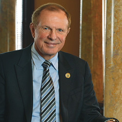 Lesniak Urges New Jersey to Challenge DOJ Wire Act Decision