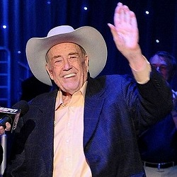 Doyle Brunson to Retire from Poker