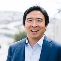 Yang Tops Online Poker Support from Democratic Candidates