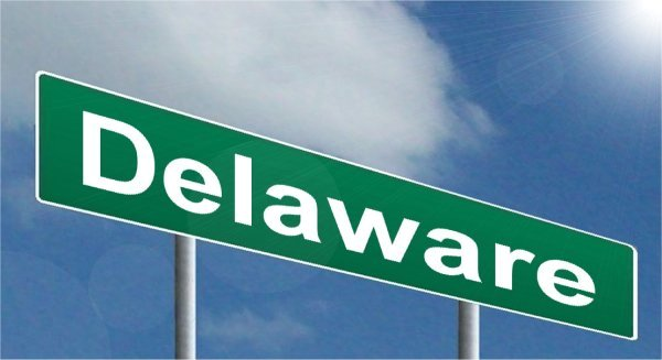 Delaware iGaming Up in March, Online Poker Down
